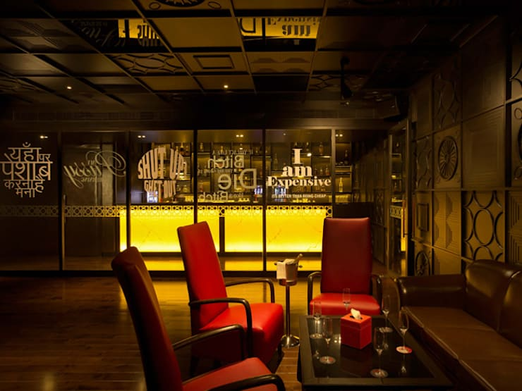 kitty su:  Bars & clubs by omkarcreateurs,Modern Wood Wood effect