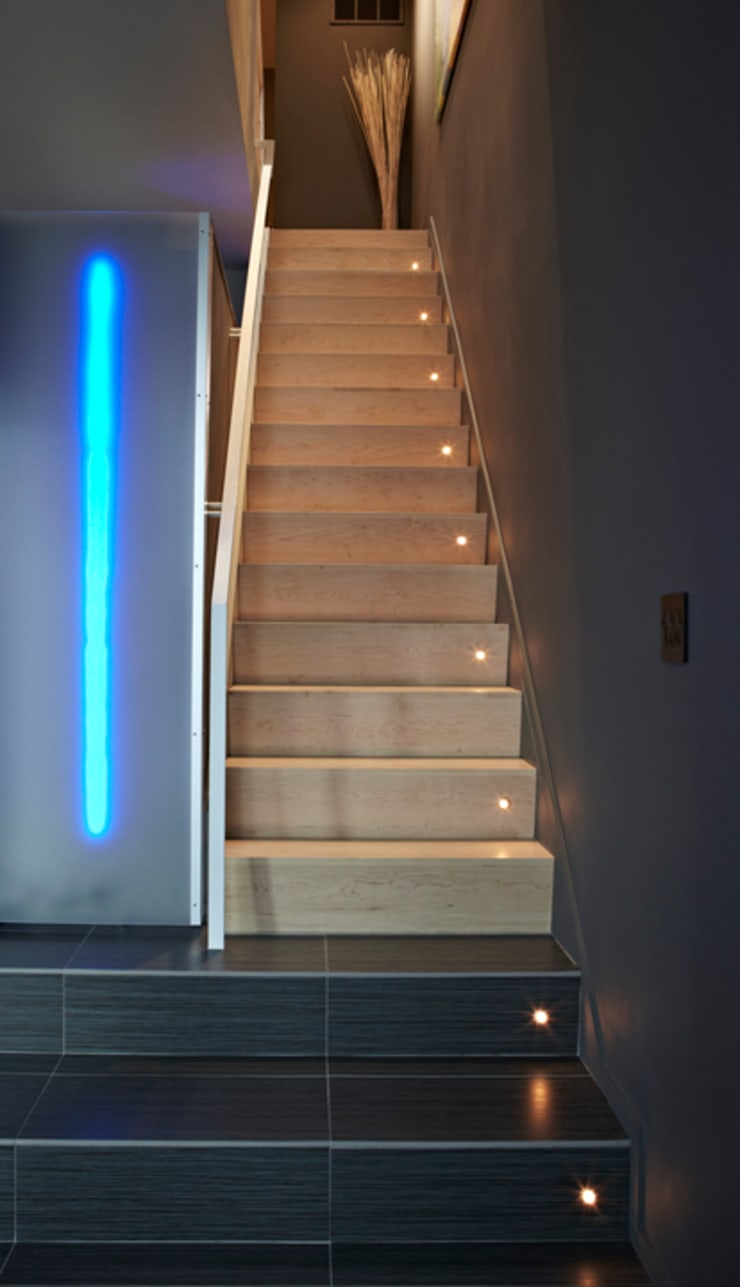 Klub Kitchen—Lenny's Place:  Stairs by KUBE Architecture