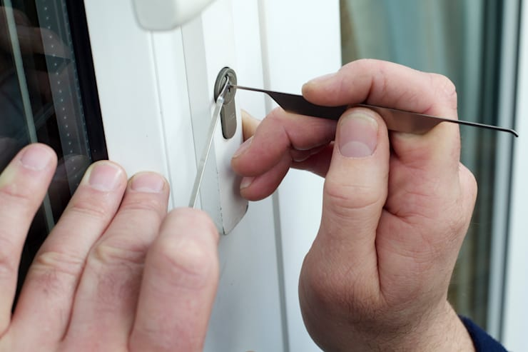 Emergency Lock Picking Experts:   by Locksmith Kempton Park