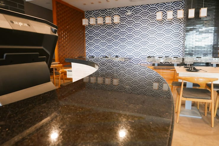 Black Galaxy Granite Bar Counter at Ichiban Shabu-Shabu SM Seaside:  Kitchen by Stone Depot