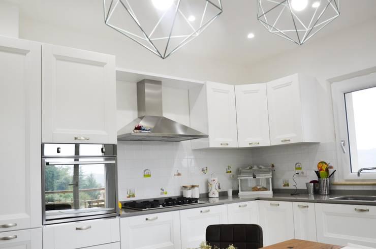 House Shabby? Cucina eclettica di Studio ARCH+D Eclettico