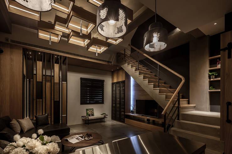 by 漢玥室內設計 Modern Wood Wood effect