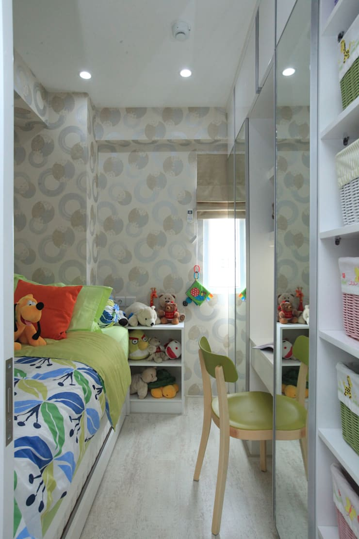 COZY PLACE FOR WEEKEND GETAWAY @ GREEN PRAMUKA APARTMENT, EAST JAKARTA:  Kamar Bayi & Anak by PT. Dekorasi Hunian Indonesia (DHI)