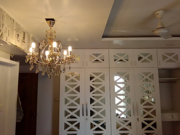 Mirror & Duco Work Cupboard in Mystique Moods, Viman Nagar:  Bedroom by Umbrella Tree Designs