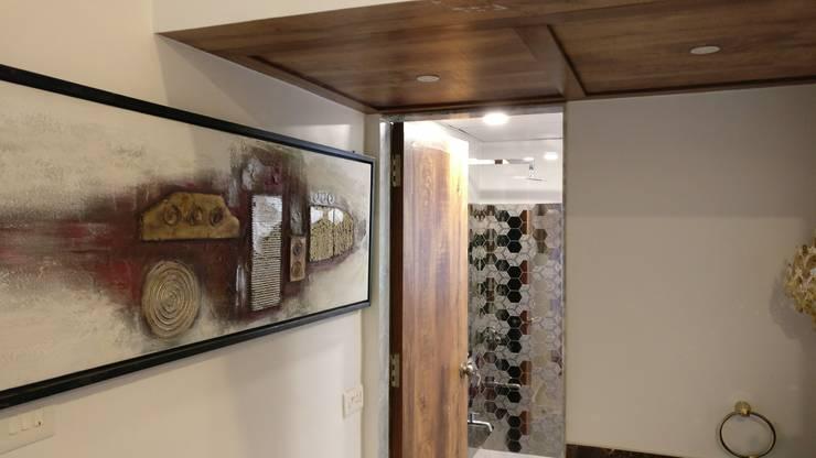 Powder Room in Mystique Moods, Viman Nagar, Pune:  Bathroom by Umbrella Tree Designs