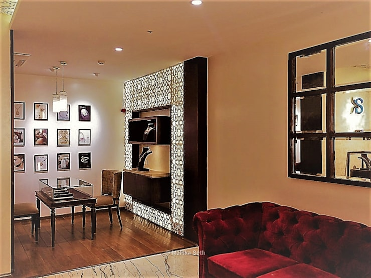 Interiors for a Jewellery Boutique in Bangalore:  Commercial Spaces by Mallika Seth