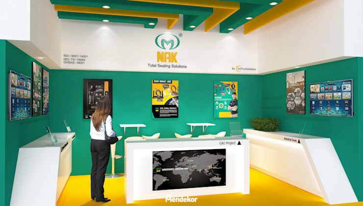 Display  Area:  Ruang Komersial by Mendekor