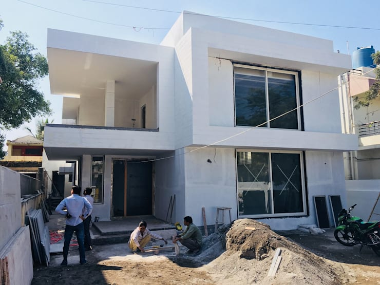 White Wash:  Bungalows by Cfolios Design And Construction Solutions Pvt Ltd,Modern