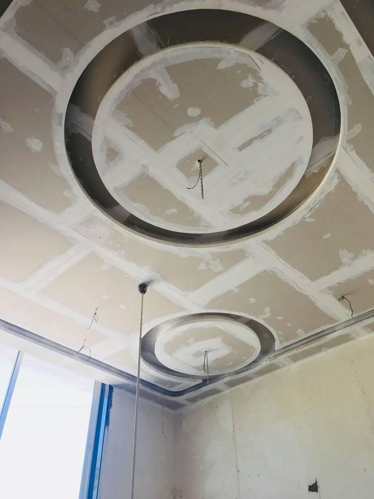 Ceiling Design: modern  by Cfolios Design And Construction Solutions Pvt Ltd,Modern