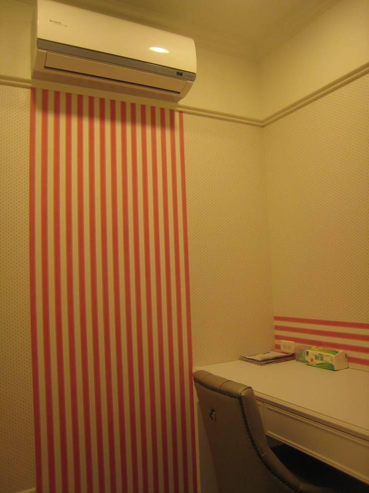 汐止:  臥室 by Joy Full Interior Designer 佐輔室內裝修