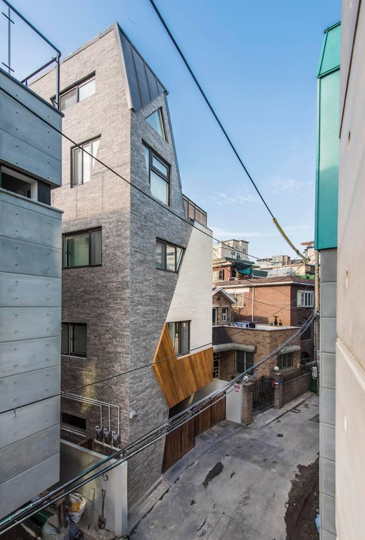 근린생활시설 단독주택: 집으로의  주택,모던