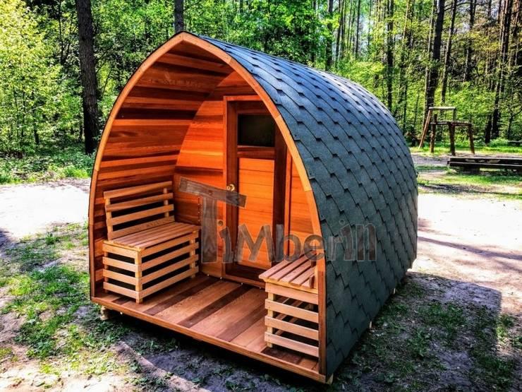 Buiten houten sauna voor tuin igloontwerp:  Spa door TimberIN hot tubs en sauna's
