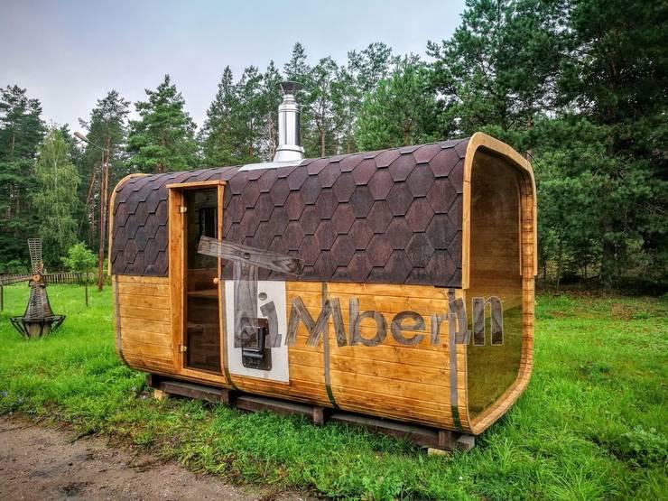 Rechthoekige buitentuin sauna:  Spa door TimberIN hot tubs en sauna's