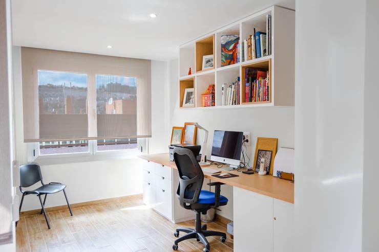 مكتب عمل أو دراسة تنفيذ Marisol Manrique de Lara