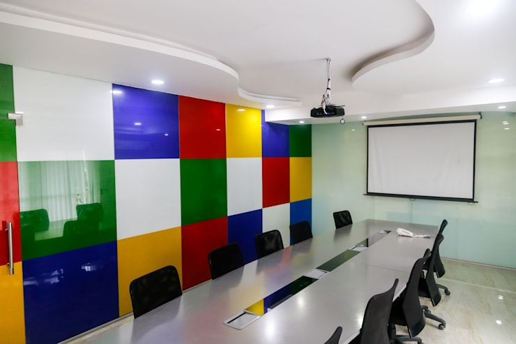 Mr. Sachin Corpus Media Labs:  Office buildings by Ghar Ek Sapna Interiors