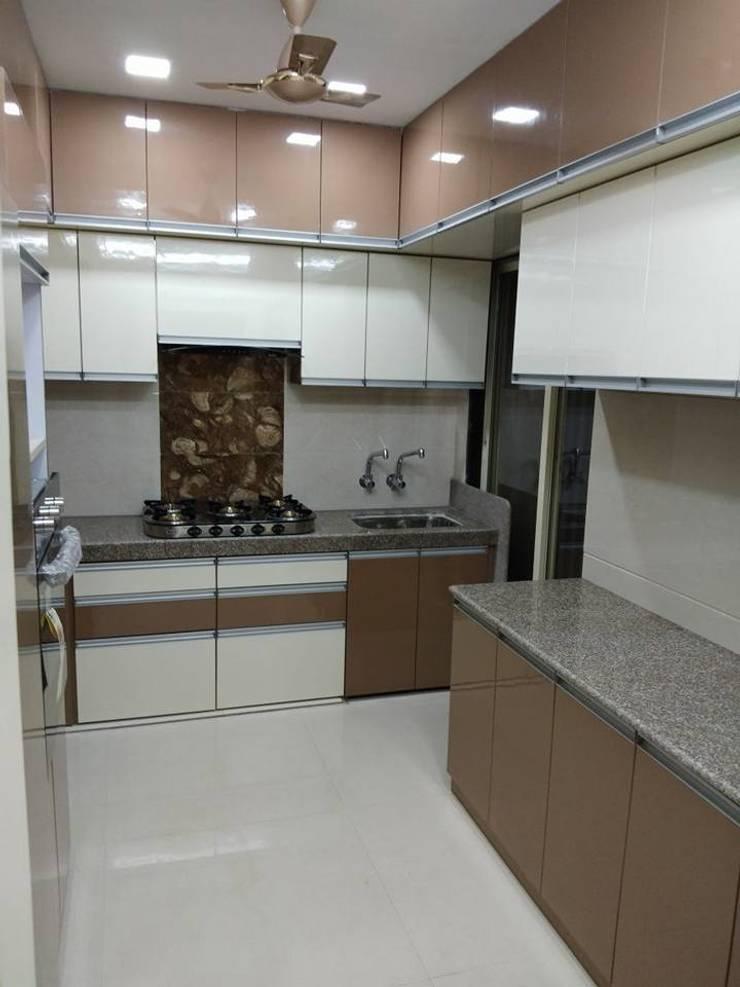 kitchen:  Kitchen by KUMAR INTERIOR THANE,Modern
