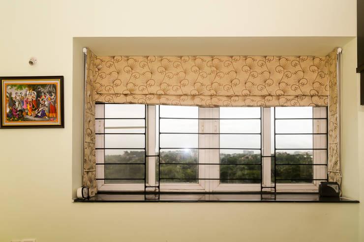 Mr. Kishan InduFortuneCity:  Bedroom by Ghar Ek Sapna Interiors