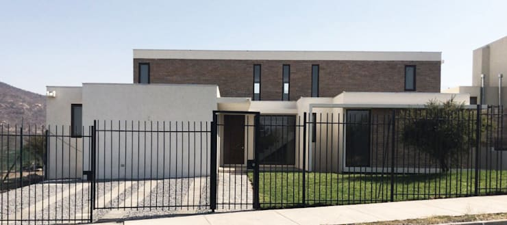 Casa Los Rios - Piedra Roja: Casas unifamiliares de estilo  por proyecto arquitek