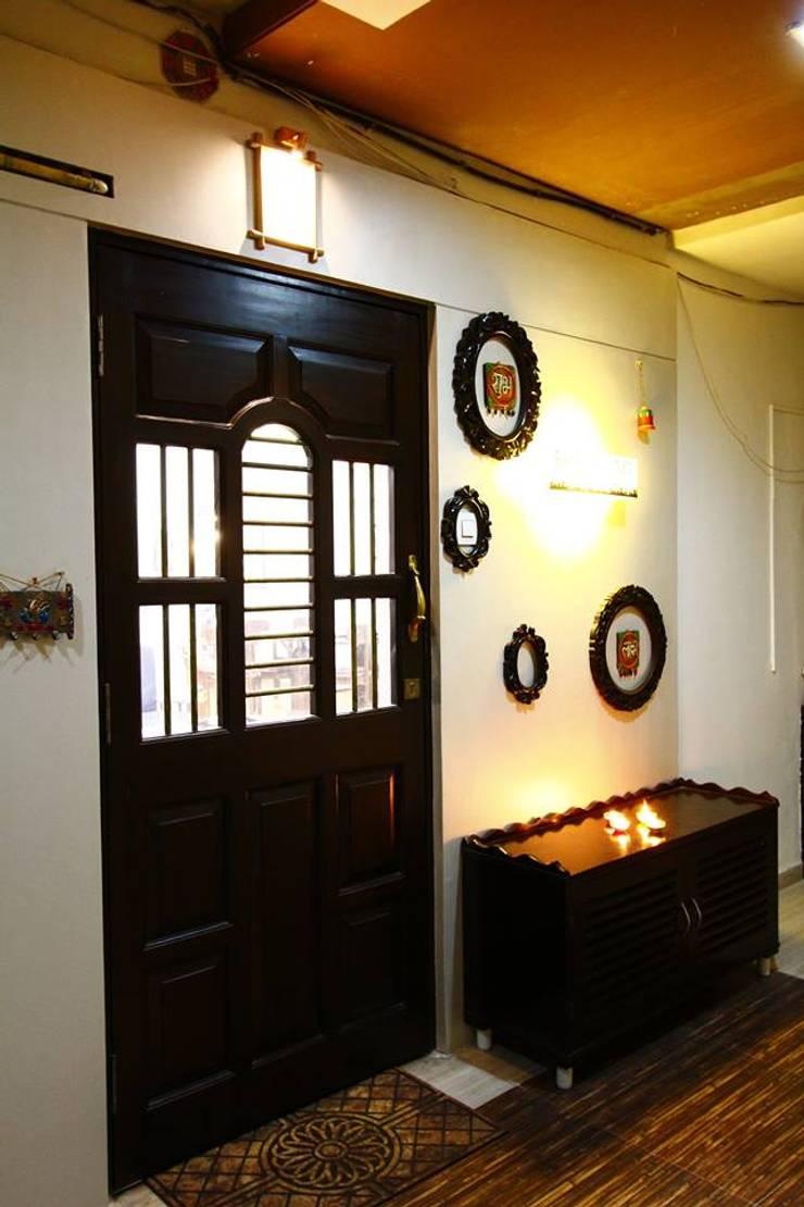 Dr.ramesh/Bhavna Bhanushali :  Living room by PSQUAREDESIGNS,Modern