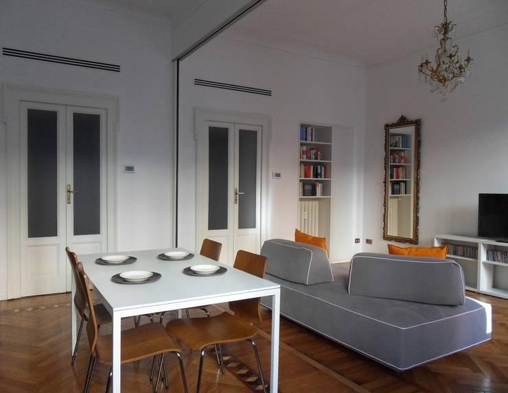 Ruang Makan oleh gk architetti  (Carlo Andrea Gorelli+Keiko Kondo), Minimalis