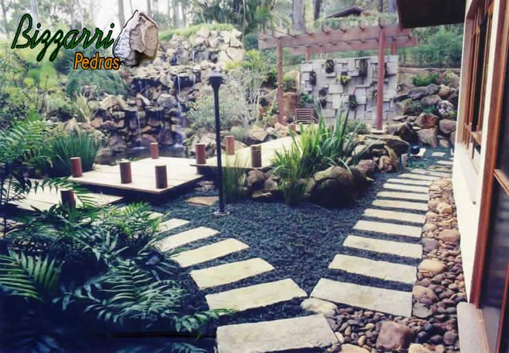 Garden  by Bizzarri Pedras