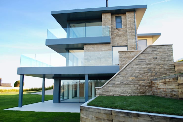 Case in stile  di David James Architects & Partners Ltd