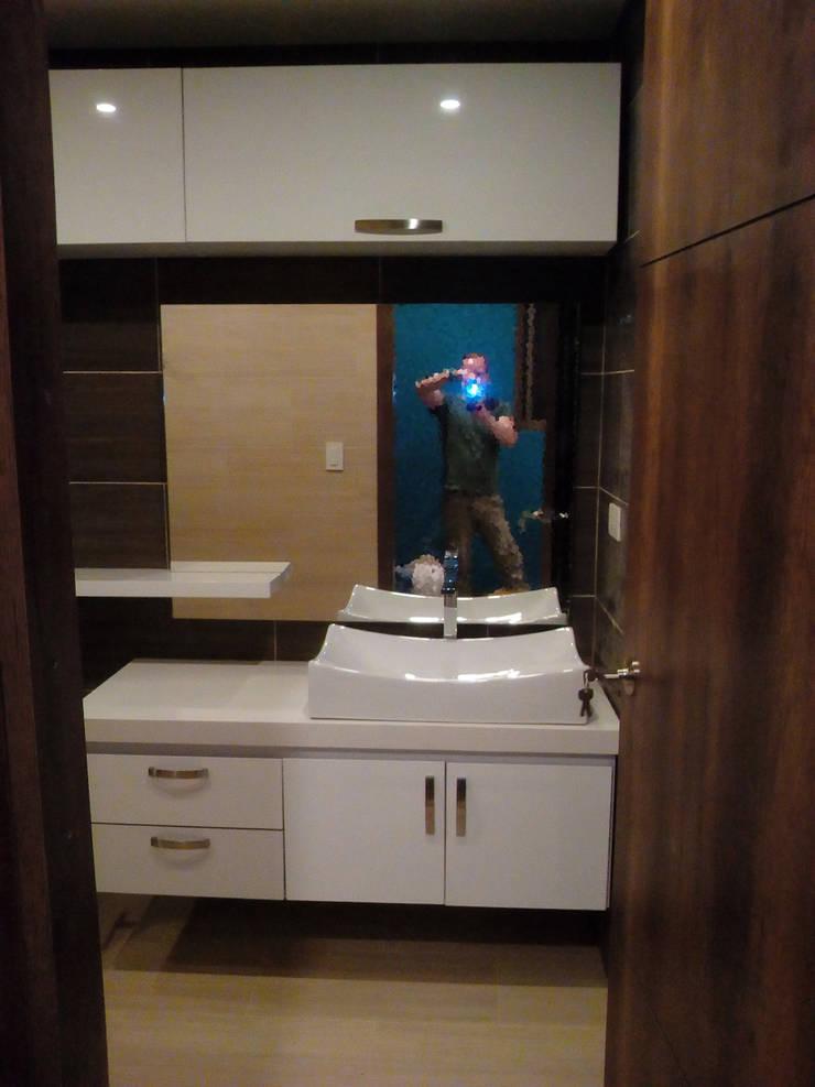 baño moderno finalizado: Baños de estilo  por Omar Interior Designer  Empresa de  Diseño Interior, remodelacion, Cocinas integrales, Decoración