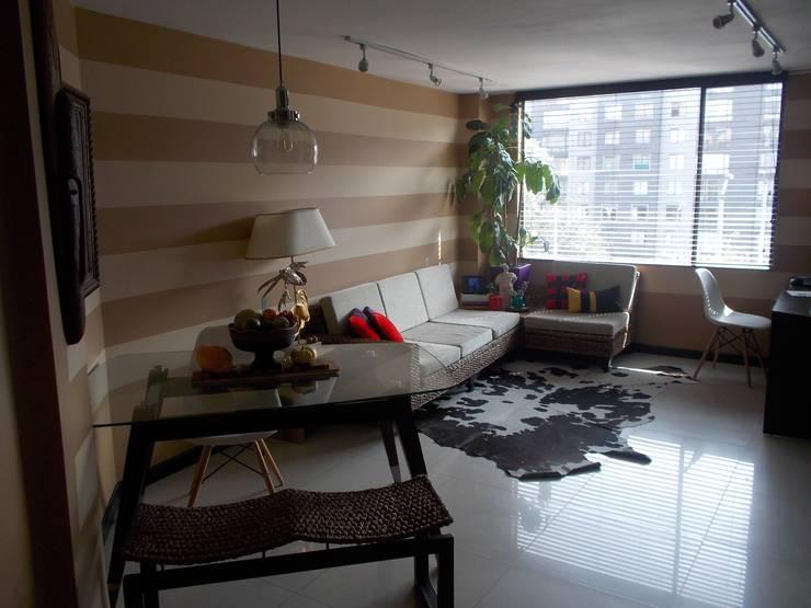 Sala comedor y estudio:  de estilo  por Omar Interior Designer  Empresa de  Diseño Interior, remodelacion, Cocinas integrales, Decoración
