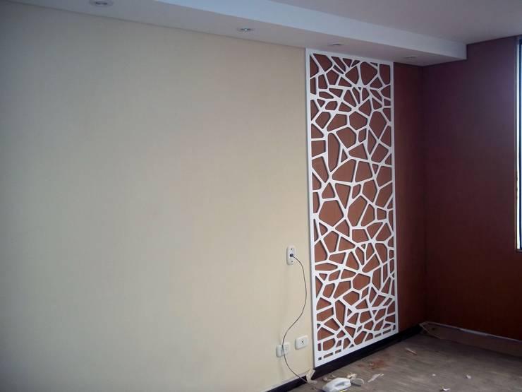 alcobas modernas:  de estilo  por Omar Interior Designer  Empresa de  Diseño Interior, remodelacion, Cocinas integrales, Decoración