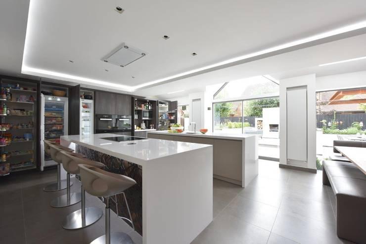 The Horridge Family Kitchen by Diane Berry Kitchens Modern