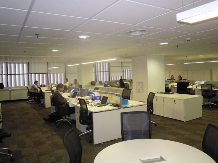 Moderne Bürogebäude von ARQGETJ Consultoria Modern MDF