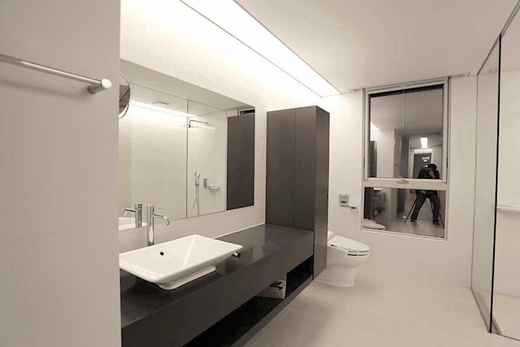 Bath room: kimapartners co., ltd.의  욕실