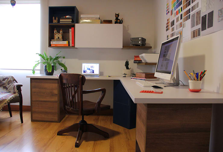 Home Office: Estudio de estilo  por TRES52 S.A.S