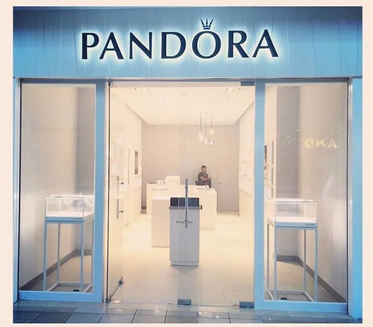 Tienda Pandora // Mall Plaza Antofagasta // Foto 06:  de estilo  por ARQ+3