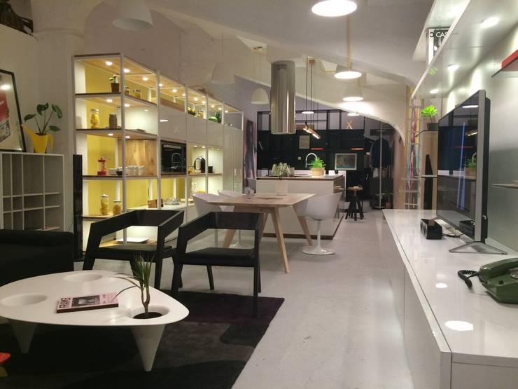 Concurso Casa Cor 2014 -  Diseño Loft 20/20 - 1º Lugar Factura del Trabajo:  de estilo  por ARQ+3