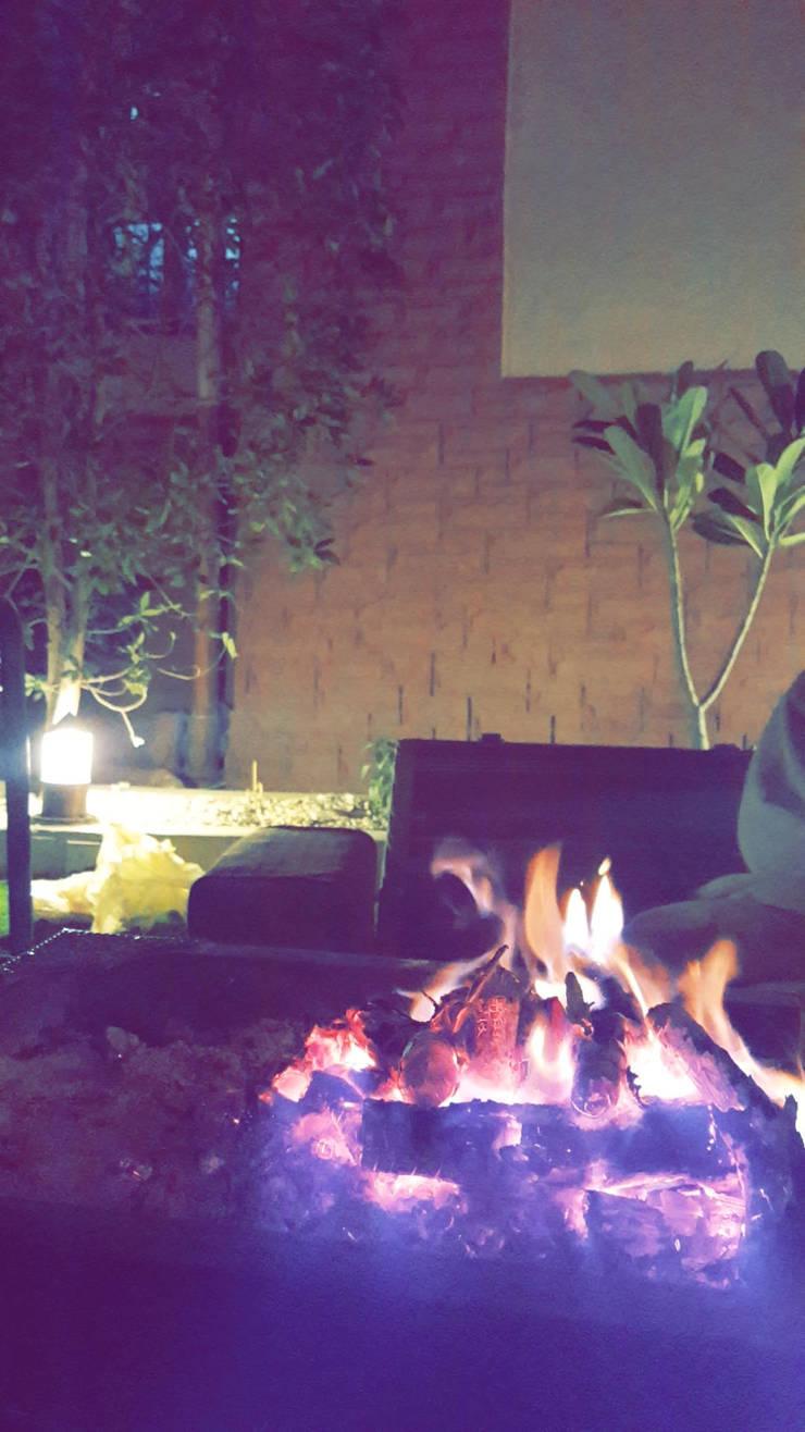 عيش لحظات الهدوء:  فناء أمامي تنفيذ عبدالسلام أحمد سعيد
