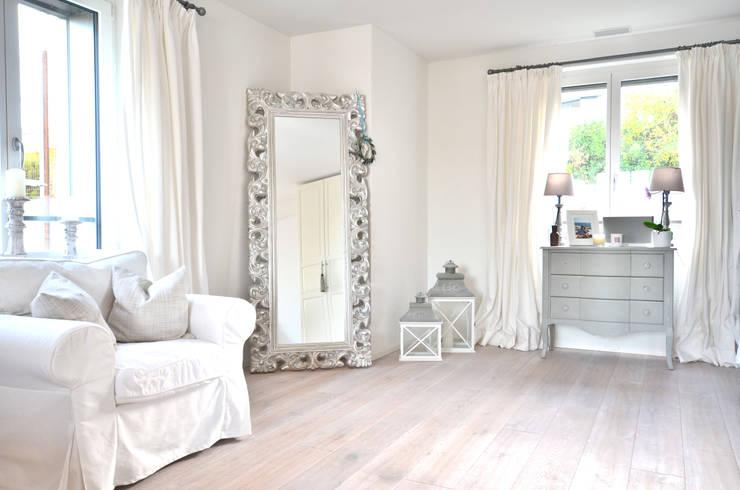 Dachwohnung Landhausstil Von Select Living Interiors Homify