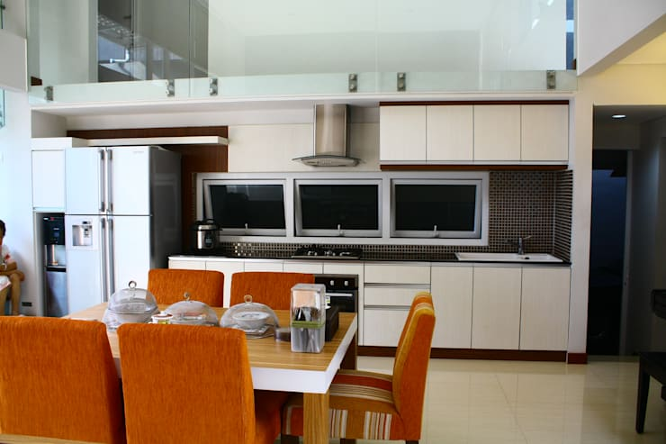 Built-in kitchens by Exxo interior