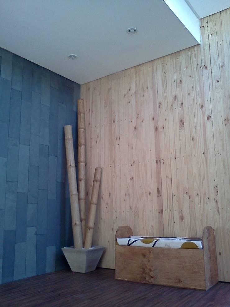 SPA SANAZEN: Espacios comerciales de estilo  por Incubar: Arquitectura & Construcción