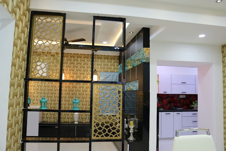 Living & Dining Partition:  Living room by Enrich Interiors & Decors