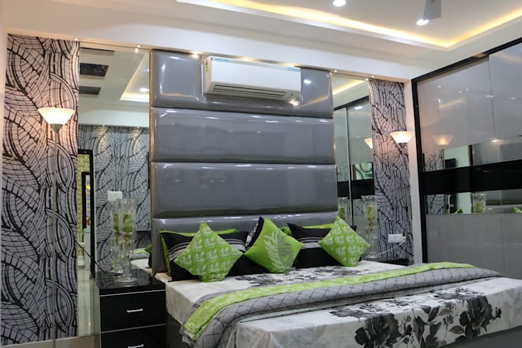 Bedroom King Size Cot:  Bedroom by Enrich Interiors & Decors