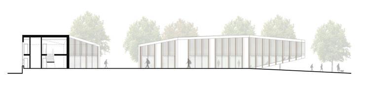 La corte del benessere Case moderne di atelier architettura Moderno