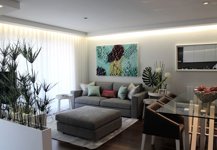 Sala : Sala de estar  por Conceicao Lopes