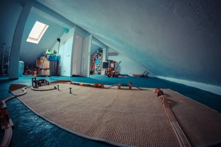 Una casa familiare di atelier architettura Moderno