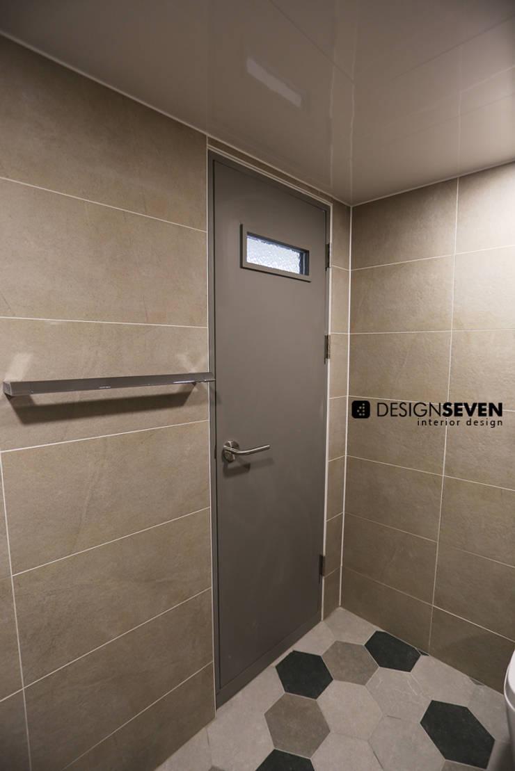 용호롯데 APT: 디자인세븐의  욕실