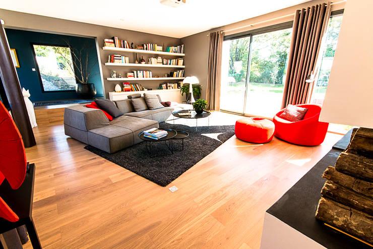 غرفة المعيشة تنفيذ Julie Chatelain