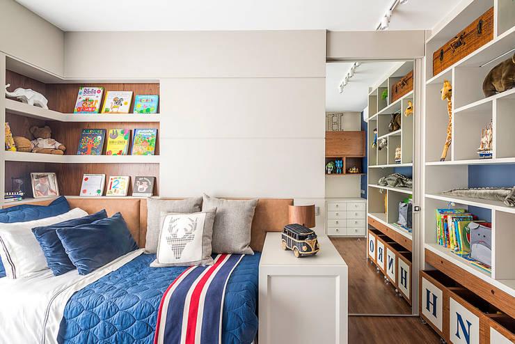 Apartamento: Quartos de adolescente  por Spengler Decor