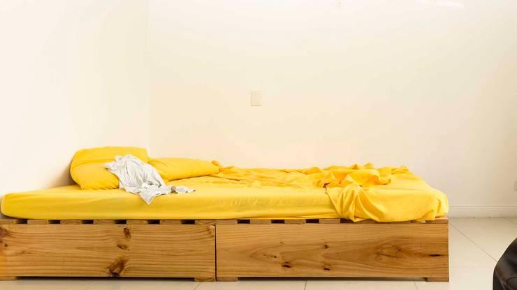 Cuarto secundario sin Home Staging:  de estilo  por homeblizz,