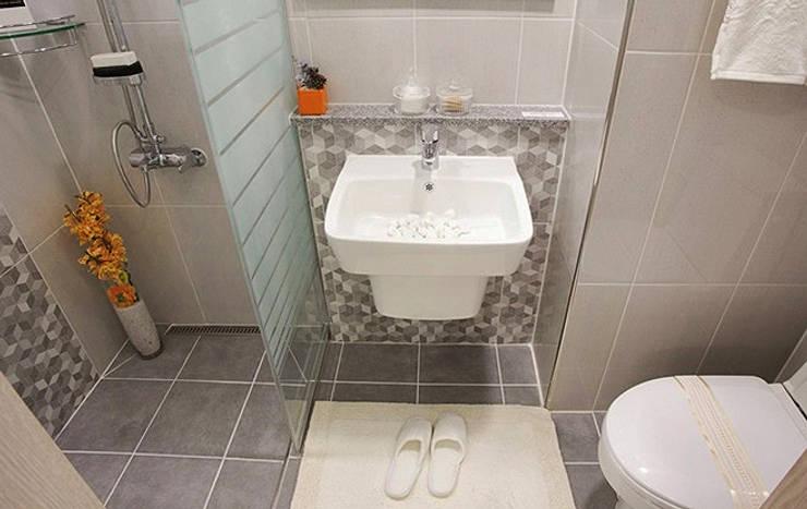 안산 센터하임 오피스텔 모델하우스 / D1-Type: 에이프릴디아의  욕실,
