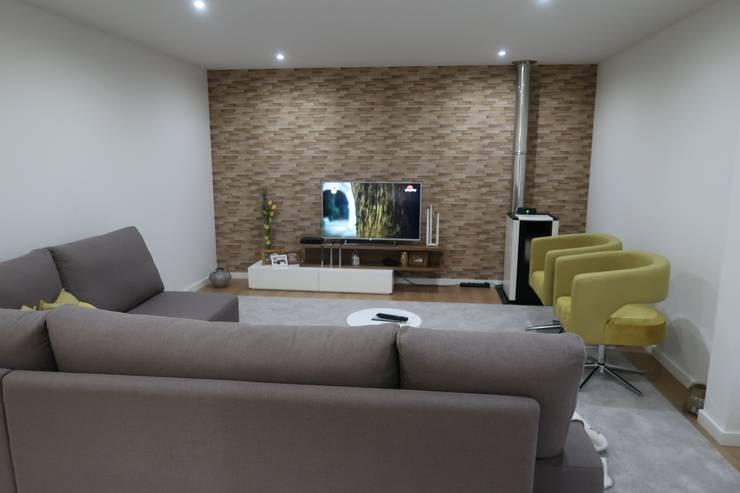 Depois:   por Alma Braguesa Furniture